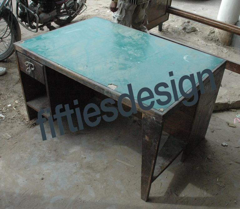 Pierre Jeanneret Office Desk with Original Lettering For Sale 1