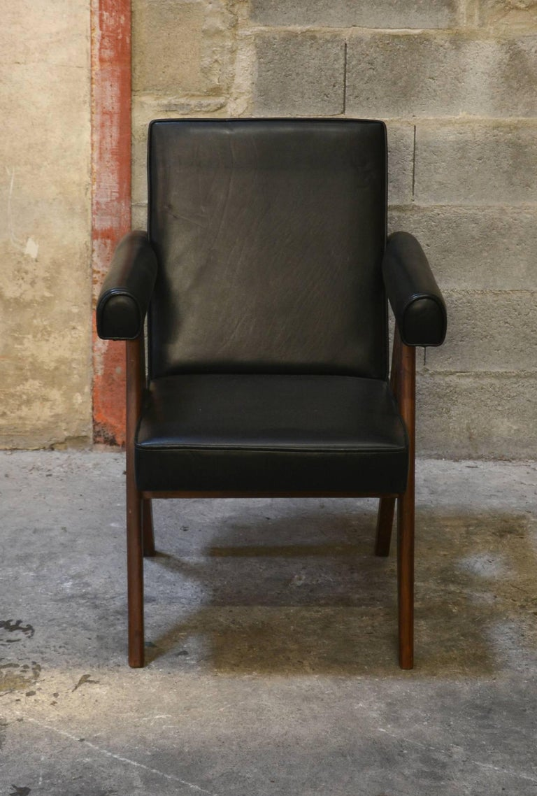 Pierre Jeanneret Set of Two Senate Committee Chairs In Good Condition For Sale In BREST, FR