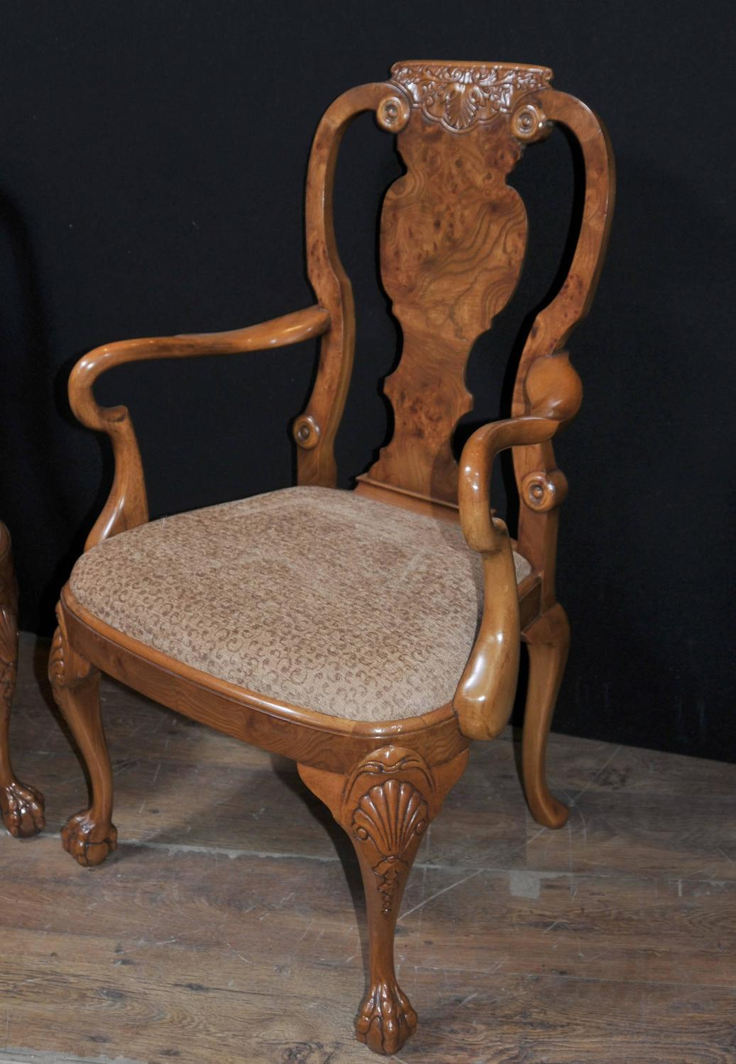 Set of Eight Walnut Queen Anne Dining Chairs For Sale at  : DSC3950z from www.1stdibs.com size 1037 x 1500 jpeg 140kB