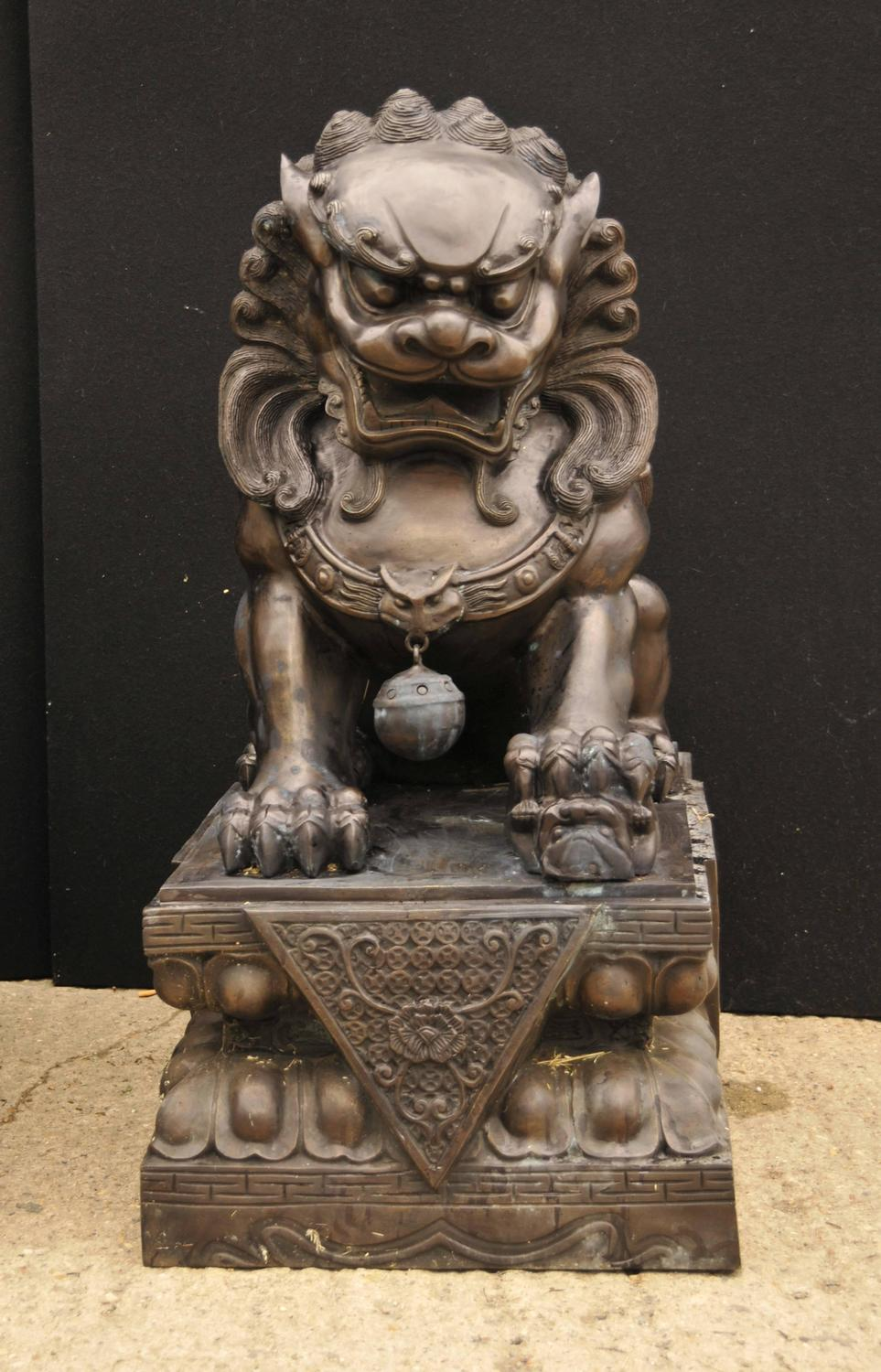 Pair Of Extra Large Bronze Chinese Foo Dogs Keiloon Fu
