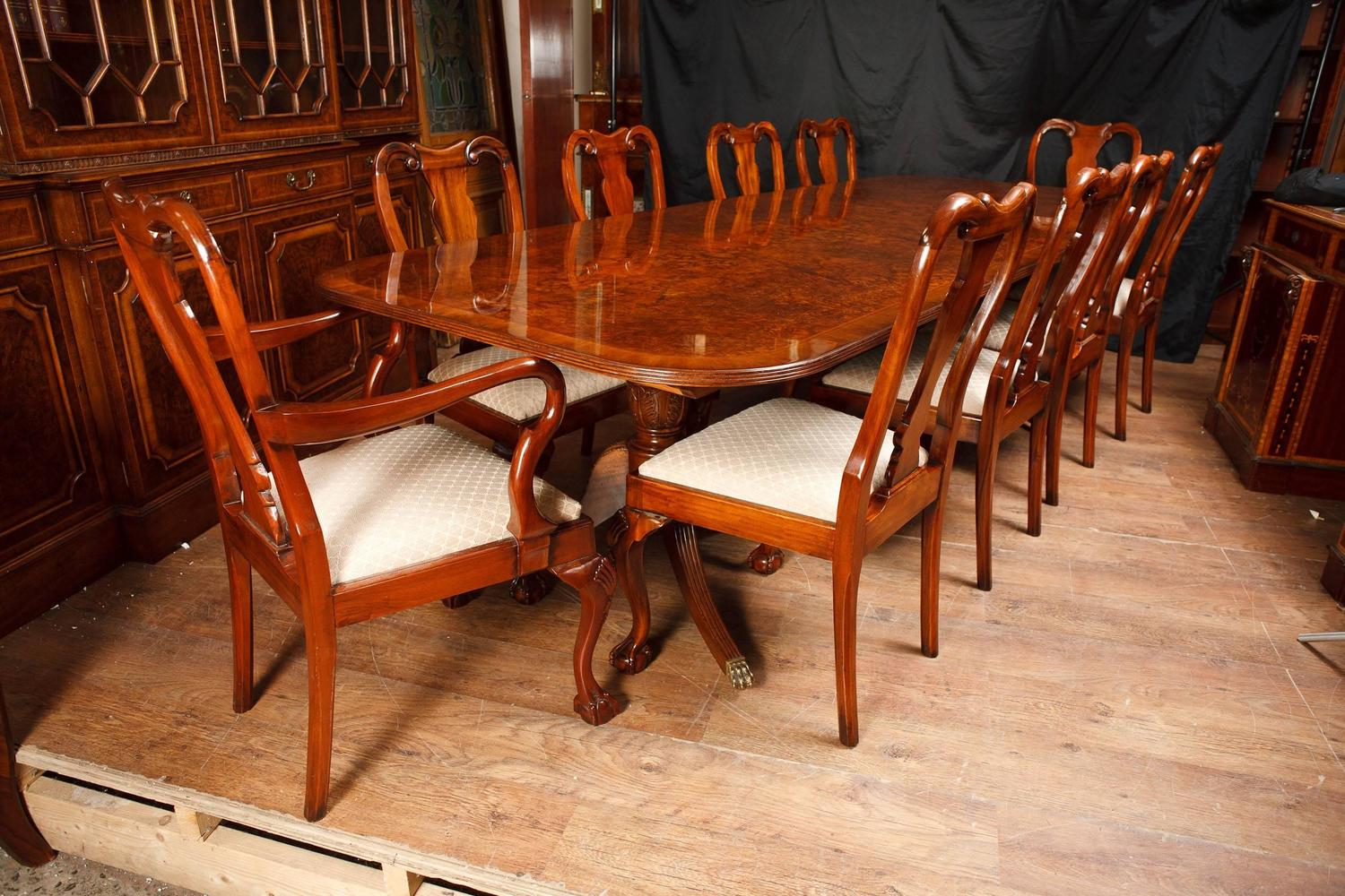 Walnut dining set regency table and queen anne chairs for Queen anne dining room