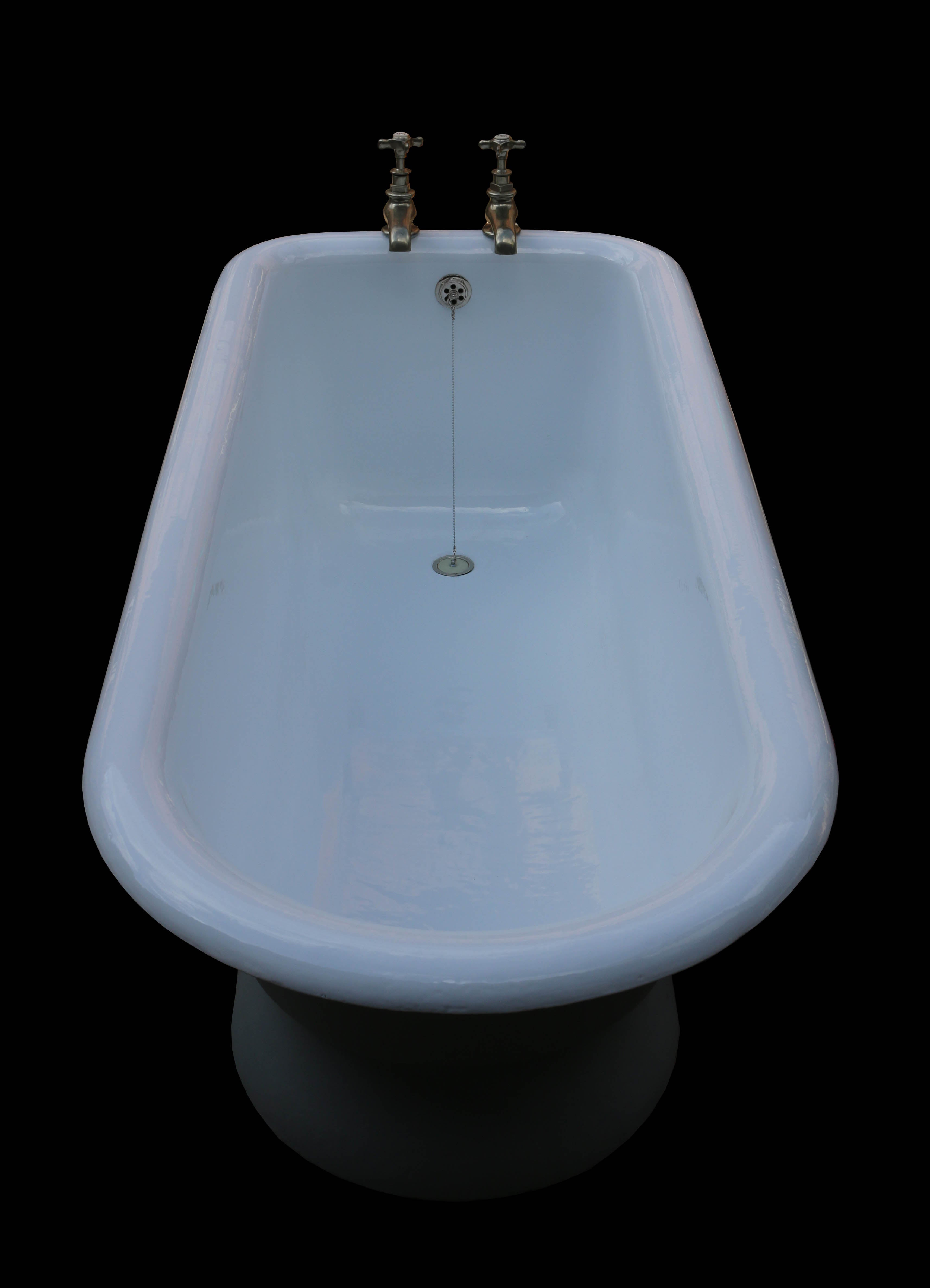 Rare Antique Cast Iron Bath Tub For Sale at 1stdibs