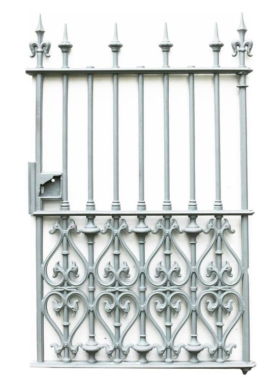 This gate has been shot blasted and finished with a grey primer.