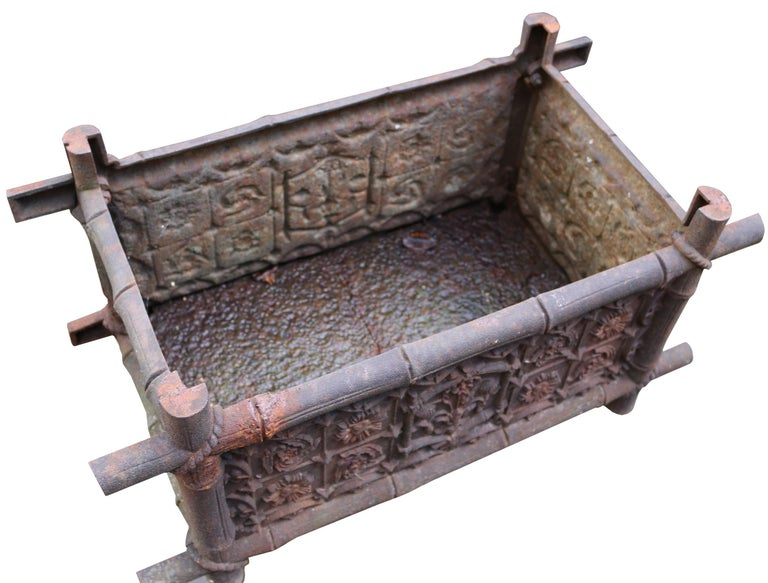 English Late 19th Century Antique Cast Iron Planter For Sale