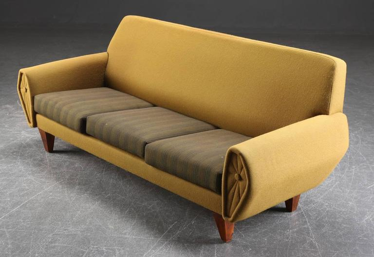 1960s Mid Century Sofa And Pair Of Lounge Chairs At 1stdibs