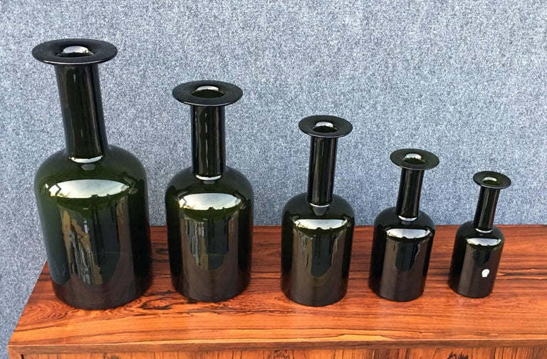 A perfect set of graduated 'Gulvase by Otto Brauer for famous Danish manufacturers Holmegaard, all in perfect condition, one still with original label.