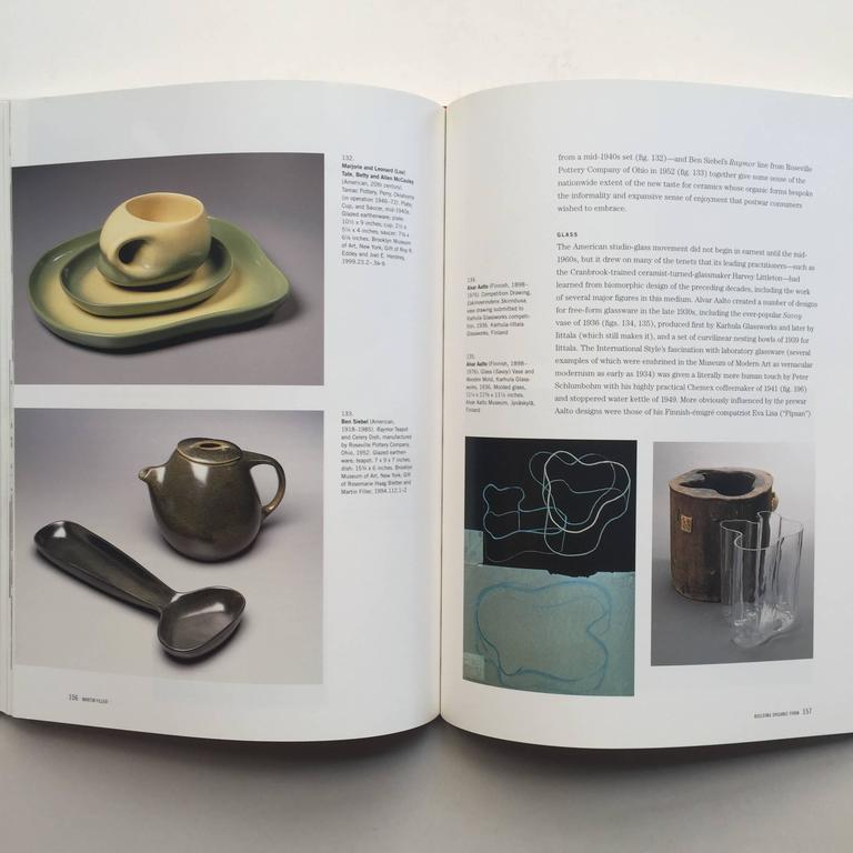 First edition, published by the Brooklyn Museum of Art in association with H.N Abrams, 2001  Vital forms explores the cultural moods in the U.S of the years between 1940-1960, examining ways that the use of biomorphic shapes were able to cross