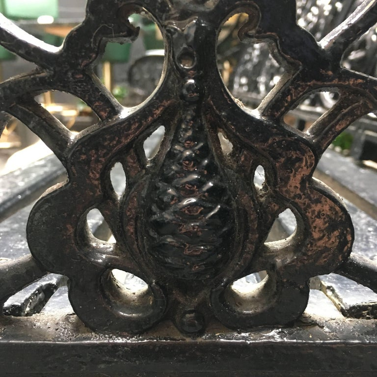 Original Coalbrookdale Cast Iron Garden Bench, 1853 In Good Condition For Sale In London, GB