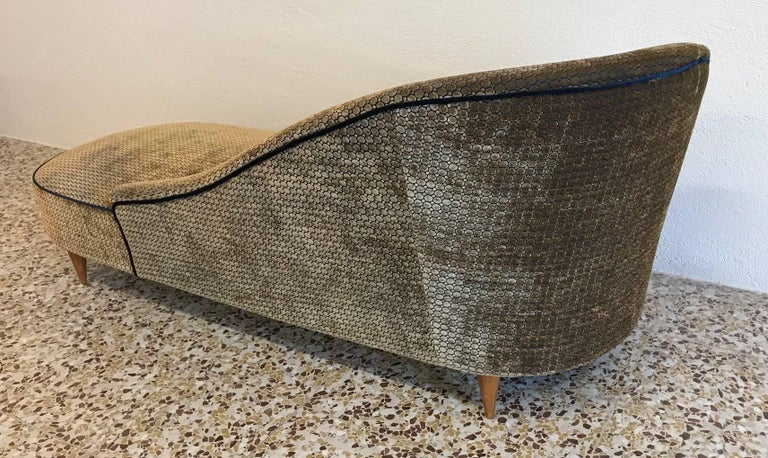 Elegant Italian 1950s Chaise Longue In Excellent Condition For Sale In Meda, MB