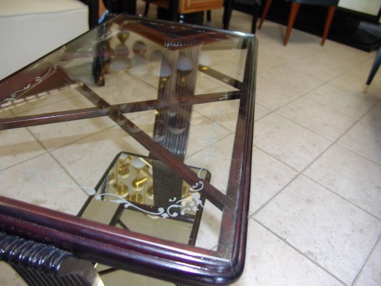 Italian 1940s Coffee Table Attributed to Osvaldo Borsani For Sale