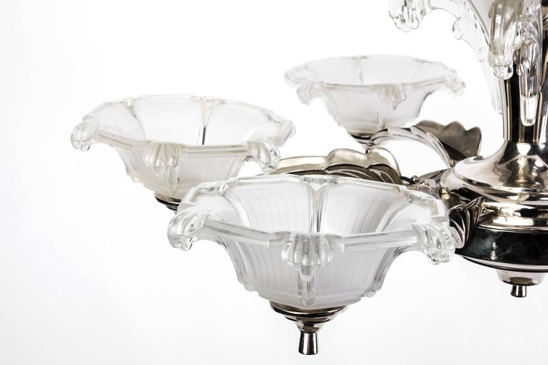 Impressive 1930s French Art Deco Chandelier Signed by Petitot For Sale 1