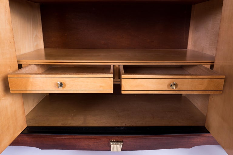 Mid-20th Century Exceptional French Art Deco Buffet by J. Leleu For Sale