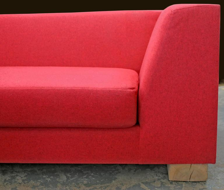 SHIMNA Delaware Sofa in Red Maharam Wool Upholstery In Excellent Condition For Sale In Brooklyn, NY