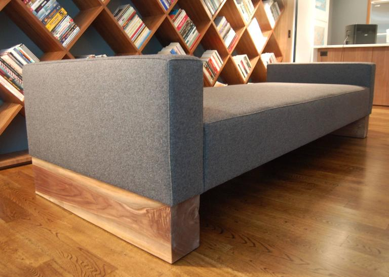 Shimna Beam Upholstered Daybed With Solid Hardwood Legs