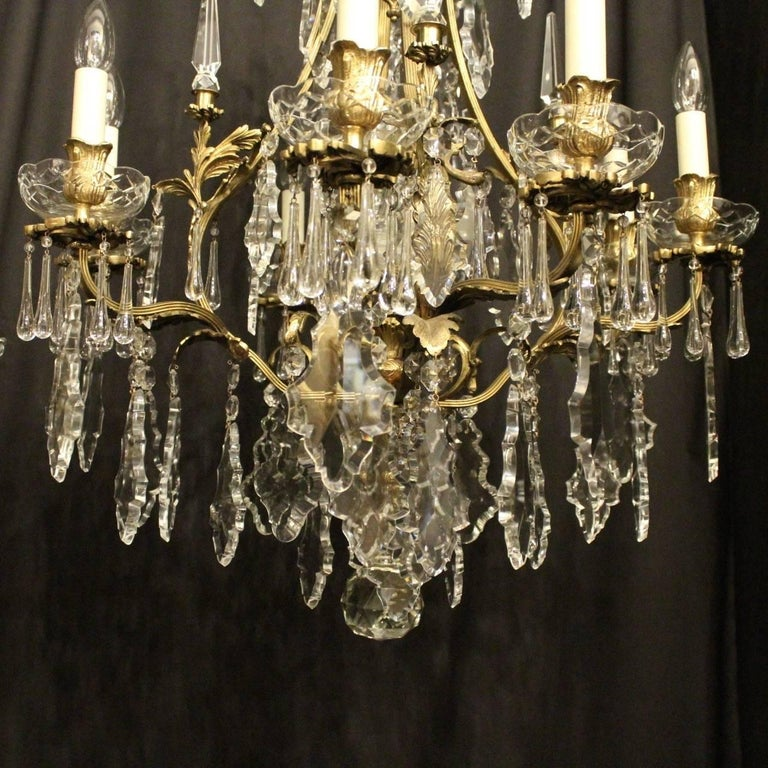 French Pair of Gilded Bronze and Crystal Antique Chandeliers For Sale 3