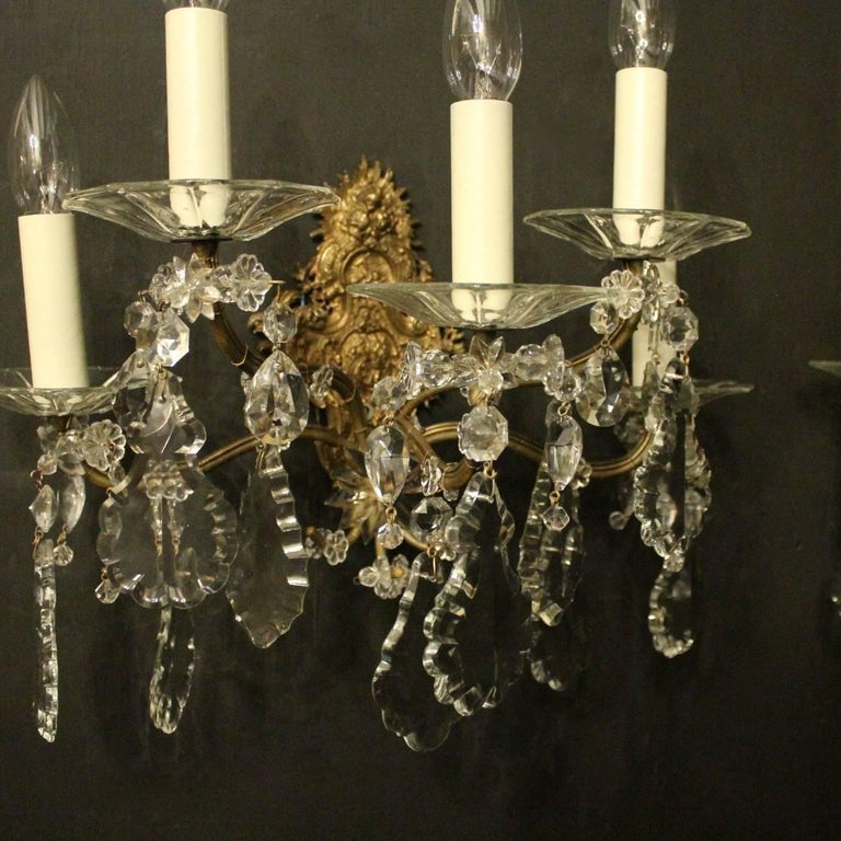 French Pair of Gilded Bronze and Crystal Five-Arm Antique Wall Lights In Good Condition For Sale In Chester, GB