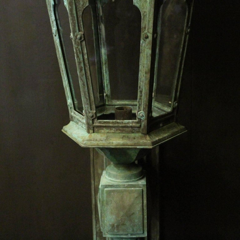English 19th Century Pair of Large Bronze External Antique Wall Lanterns For Sale 5