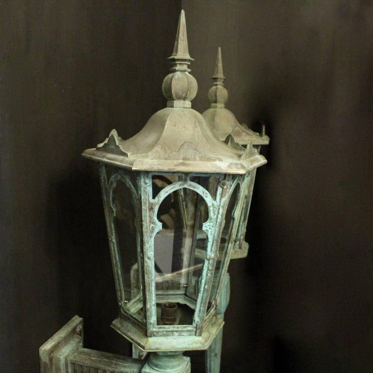 English 19th Century Pair of Large Bronze External Antique Wall Lanterns For Sale 6