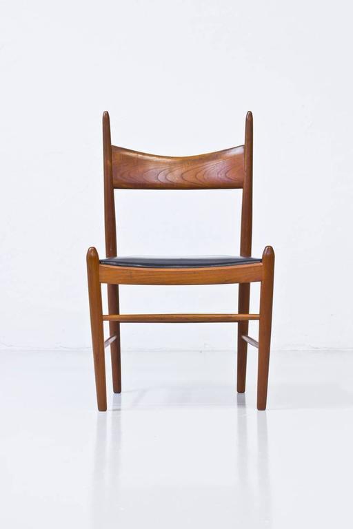 Set of Ten 1950s Teak Dining Chairs by Illum Wikkelsø For Sale 1