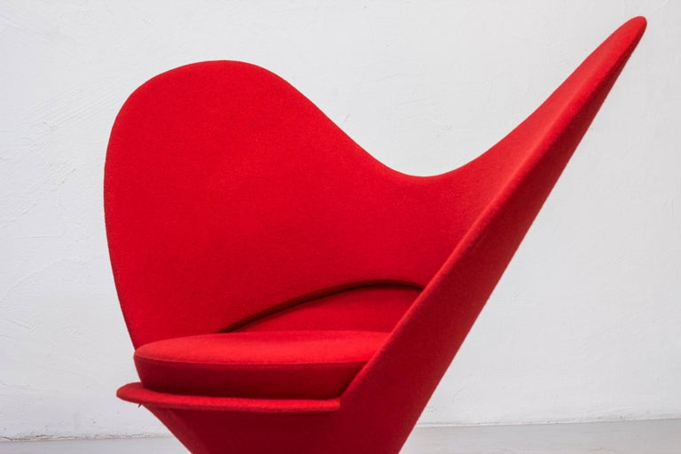 heart cone chair by verner panton for vitra for sale at 1stdibs. Black Bedroom Furniture Sets. Home Design Ideas
