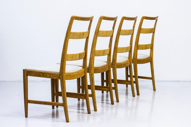 Set of four dining chairs model