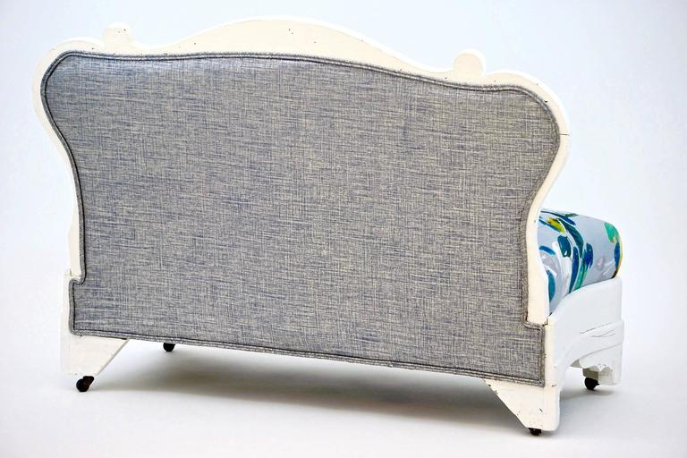 American Petit Victorian Settee with White Painted Frame For Sale