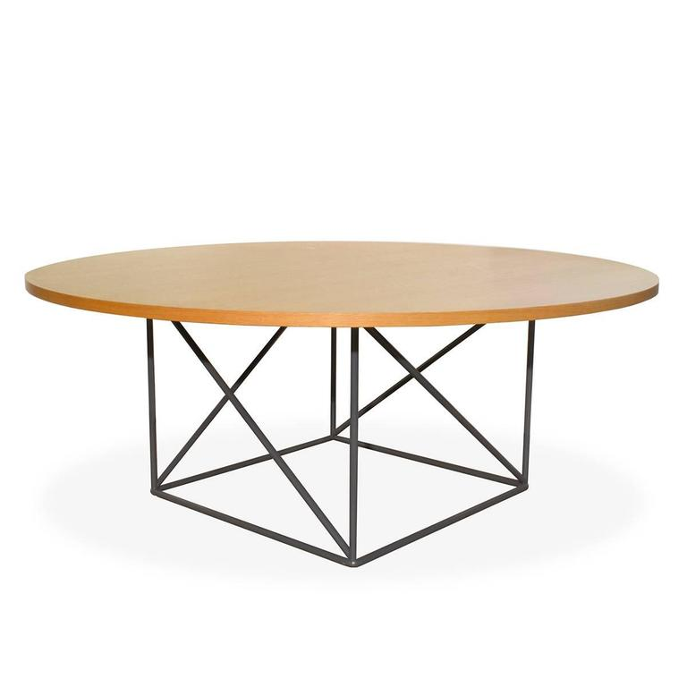 cassina lc15 conference table by le corbusier modern italy dining for sale at 1stdibs. Black Bedroom Furniture Sets. Home Design Ideas