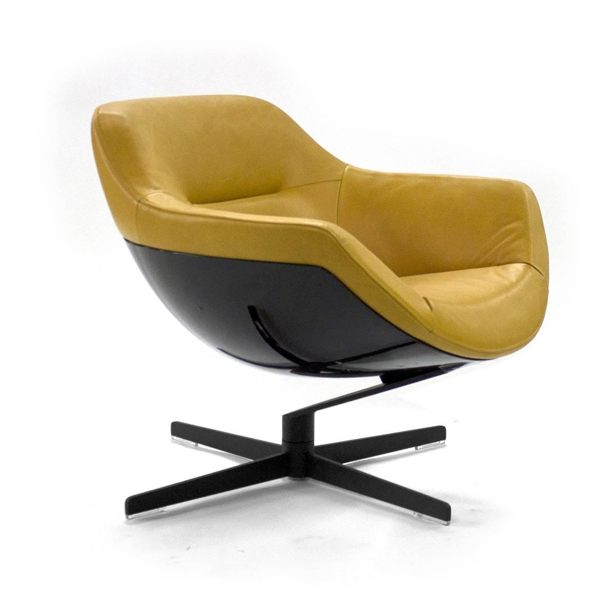 Cassina Auckland Swivel Lounge Armchair By Jean Marie