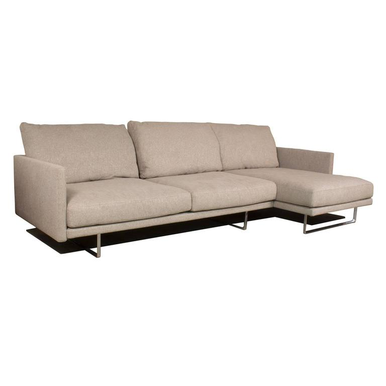 Toot sectional sofa with chaise longue by piero lissoni for Chaise longue cassina