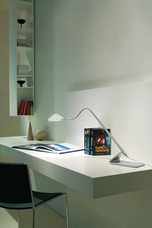 white mix table lamp by paolo rizzatto and alberto meda. Black Bedroom Furniture Sets. Home Design Ideas