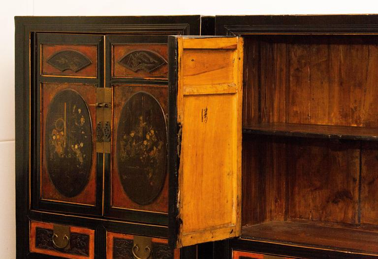 1900s, Set of Two Antique Chinese Cabinets For Sale 2 - 1900s, Set Of Two Antique Chinese Cabinets For Sale At 1stdibs