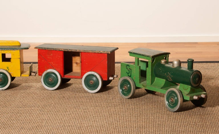 1930s Large Wooden Toy Train, Sweden For Sale 2