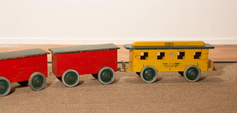 1930s Large Wooden Toy Train, Sweden In Fair Condition For Sale In Silvolde, NL