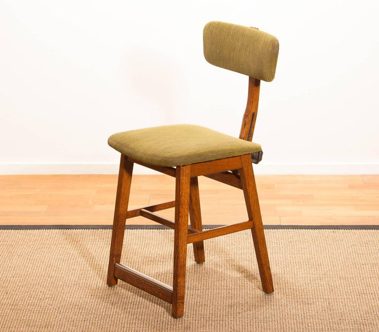 1960s, Teak and Wool Desk Chair by Âtvidabergs Sweden For Sale 1