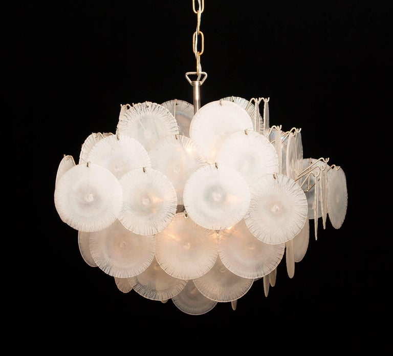 Mid-Century Modern Gino Vistosi Chandelier with White / Pearl Murano Crystal Discs For Sale