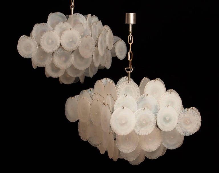 Set of Two Gino Vistosi Chandeliers with White / Pearl Murano Crystal Discs For Sale 2