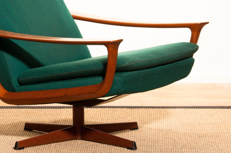 1960s, Teak Swivel Chair by Johannes Andersen for Trensum Denmark For Sale 3