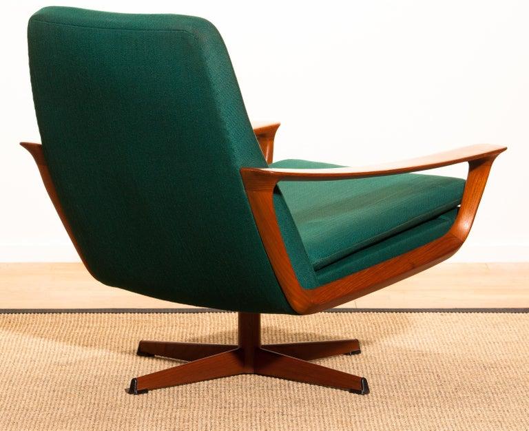 1960s, Teak Swivel Chair by Johannes Andersen for Trensum Denmark For Sale 4