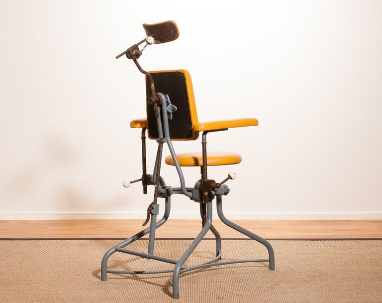 1930s, Steel Medical or Dentist Chair For Sale 1