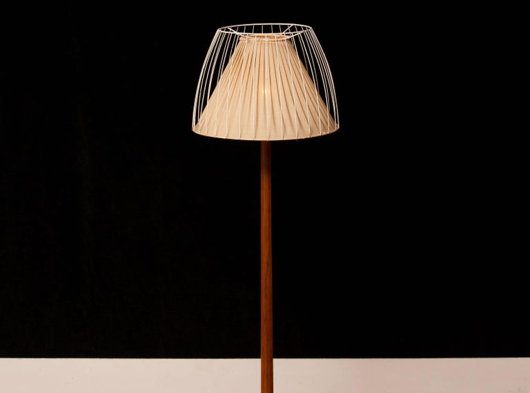1950s, Teak Floor Lamp by Stilarmatur, Sweden In Excellent Condition For Sale In Silvolde, Gelderland