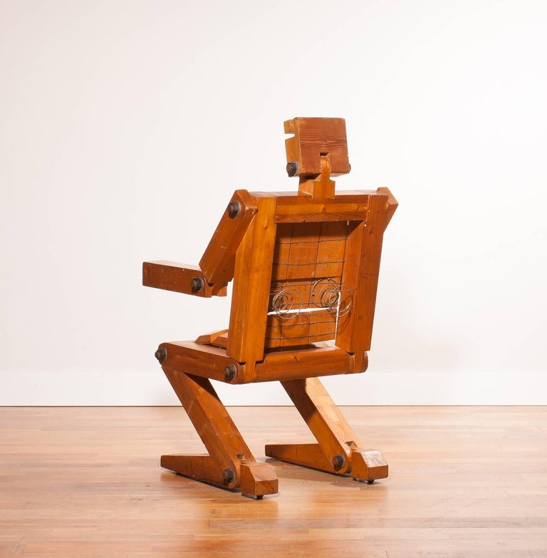 Late 20th Century 1970s, Pinewood Robot Chair For Sale
