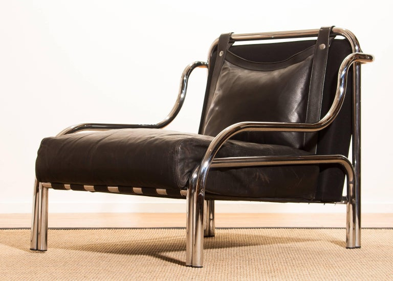 Italian 1960s, Leather and Chrome Lounge Chair by Gae Aulenti for Poltronova For Sale