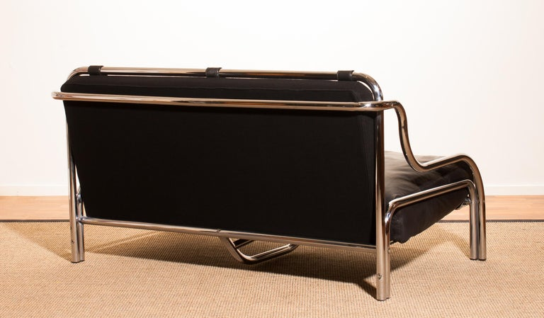 1960s, Leather and Chrome Lounge Sofa by Gae Aulenti for Poltronova In Excellent Condition For Sale In Silvolde, Gelderland