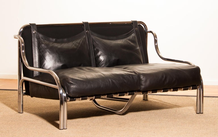 1960s, Leather and Chrome Lounge Sofa by Gae Aulenti for Poltronova For Sale 2