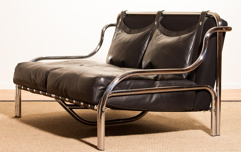 1960s, Leather and Chrome Lounge Sofa by Gae Aulenti for Poltronova For Sale 4