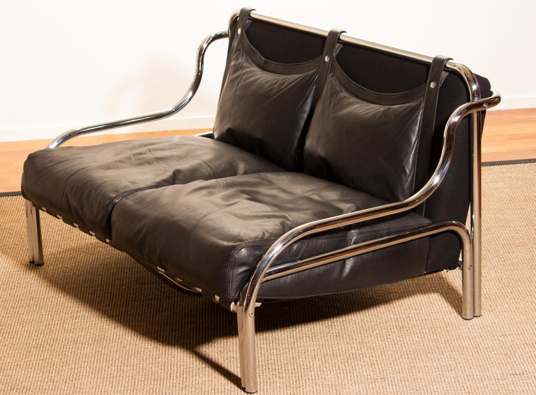 1960s, Leather and Chrome Lounge Sofa by Gae Aulenti for Poltronova For Sale 5