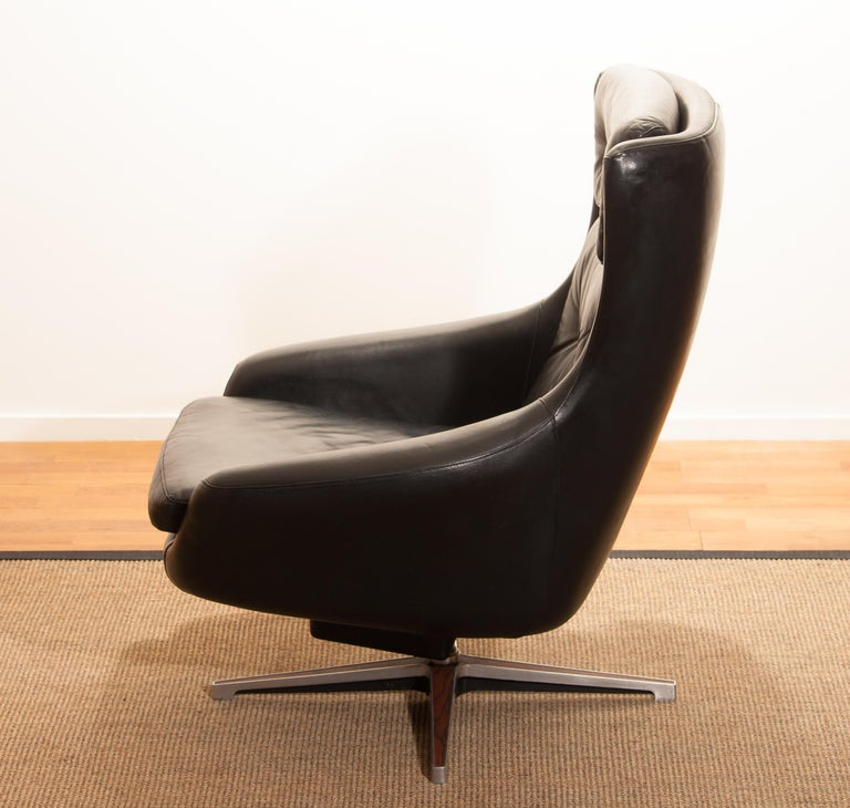 1960s, Leather Black Swivel Rocking Lounge Chair by Lennart Bender For Sale 11