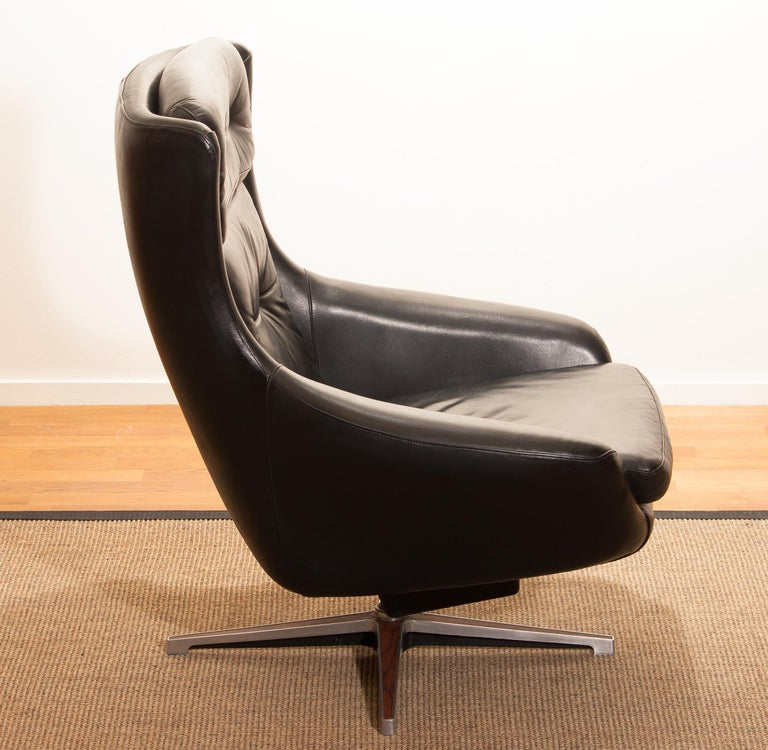 1960s, Leather Black Swivel Rocking Lounge Chair by Lennart Bender For Sale 12