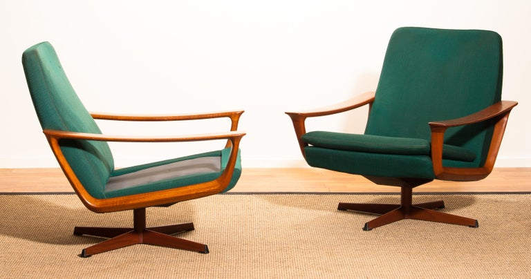 1960s, Teak Set of Two Swivel Chairs by Johannes Andersson for Trensum Denmark In Good Condition For Sale In Silvolde, Gelderland