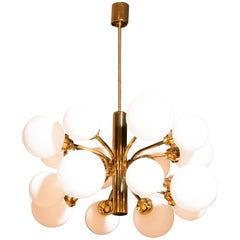 1960s, Large Brass and Sixteen Glass Globes Shades Chandelier by Kaiser Leuchten